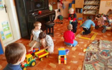 školní rok 2011 - 2012 - dětský den 2012 11 380x240