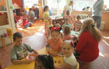 školní rok 2011 - 2012 - dětský den 2012 380x240