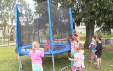 školní rok 2011 - 2012 - dětský den 2012 41 380x240