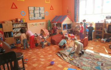 školní rok 2011 - 2012 - dětský den 2012 6 380x240