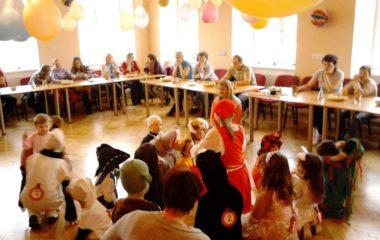 školní rok 2012 -2013 - karneval 2013 14 380x240