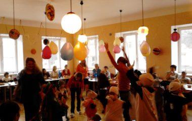 školní rok 2012 -2013 - karneval 2013 26 380x240