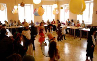 školní rok 2012 -2013 - karneval 2013 5 380x240
