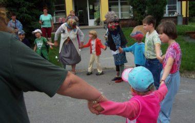 školní rok 2008 - 2009 - rozloučení 2009 Bohušov 007 380x240