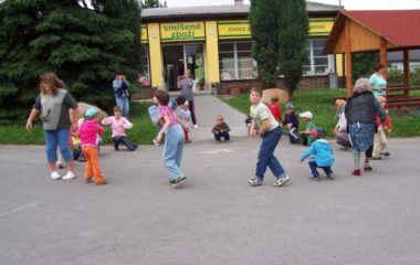 školní rok 2008 - 2009 - rozloučení 2009 Bohušov 009 380x240