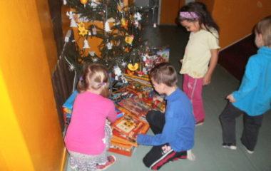 školní rok 2011 - 2012 - vánoce 2011 4 380x240