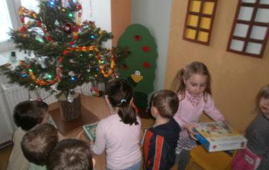školní rok 2012 -2013 - vánoce 2012 8 380x240